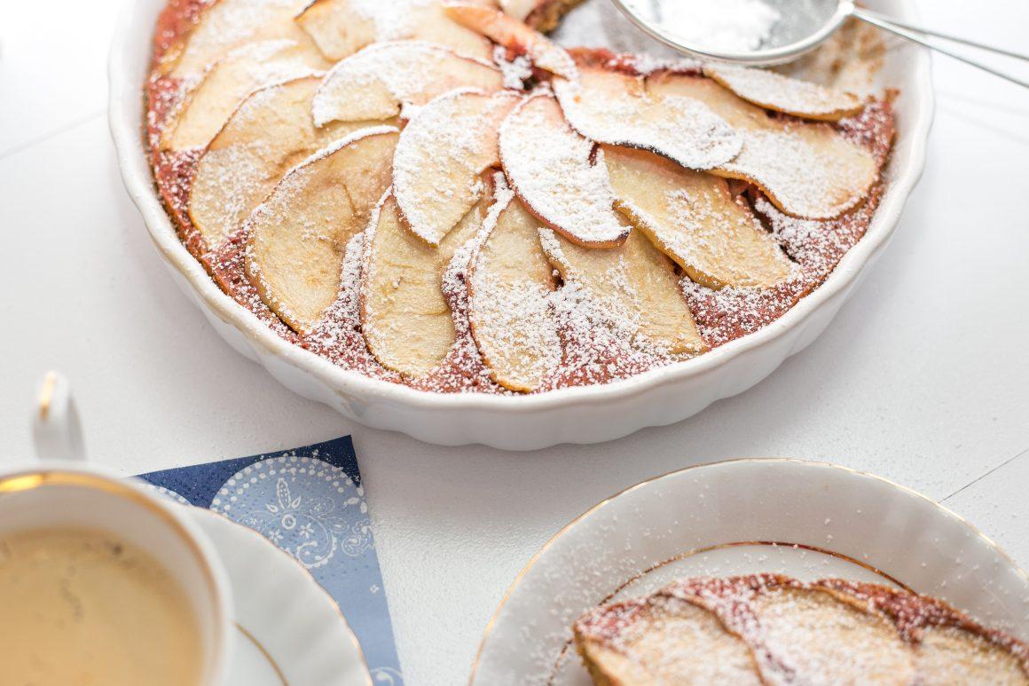 Ciasto buraczane z jabłkami