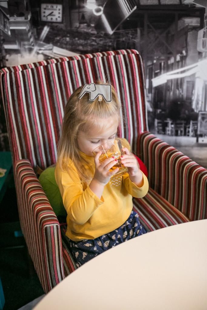 Caffe przy ulicy - miejsce przyjazne dzieciom w Łodzi