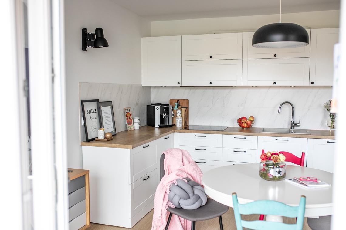 mamagerka wnętrza, salon, jak urządzić salon, salon z kuchnią, kuchnia w salonie