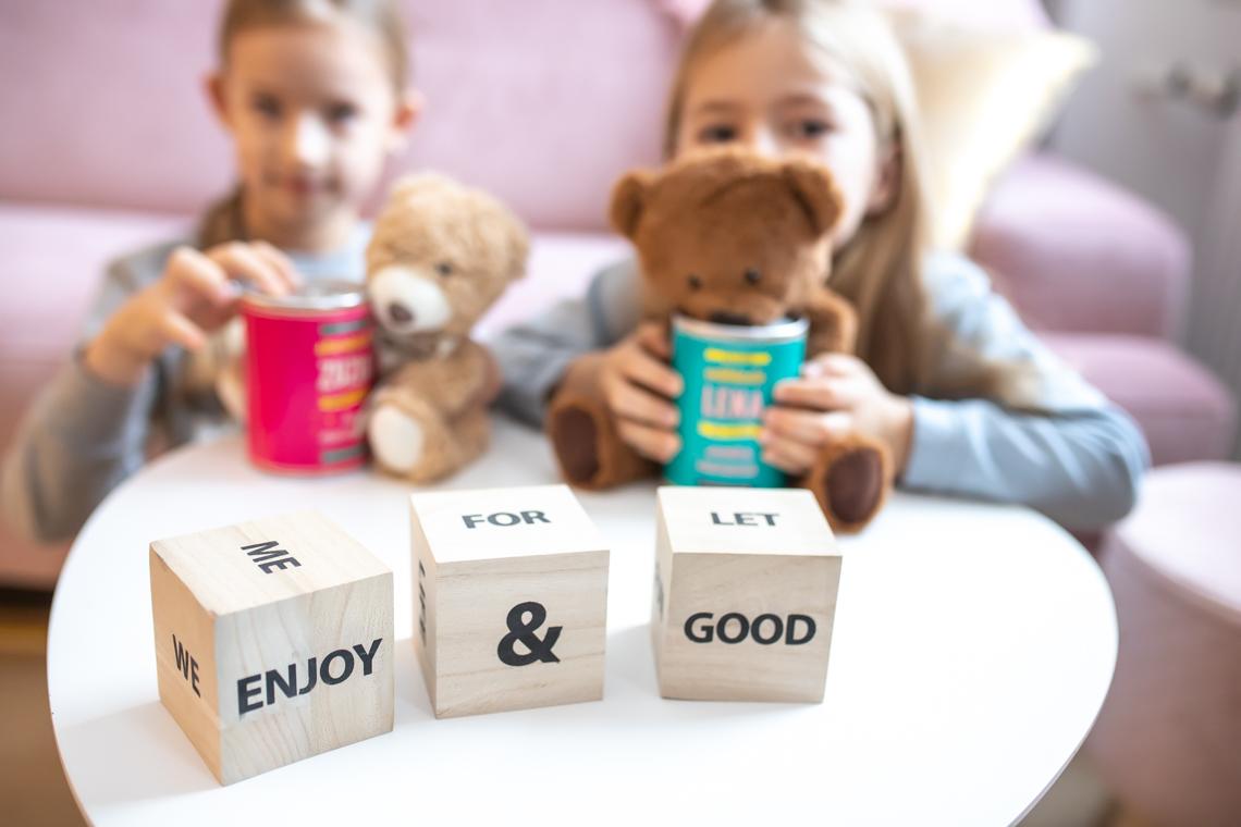 Jak nauczyć dziecko oszczędzać pieniądze