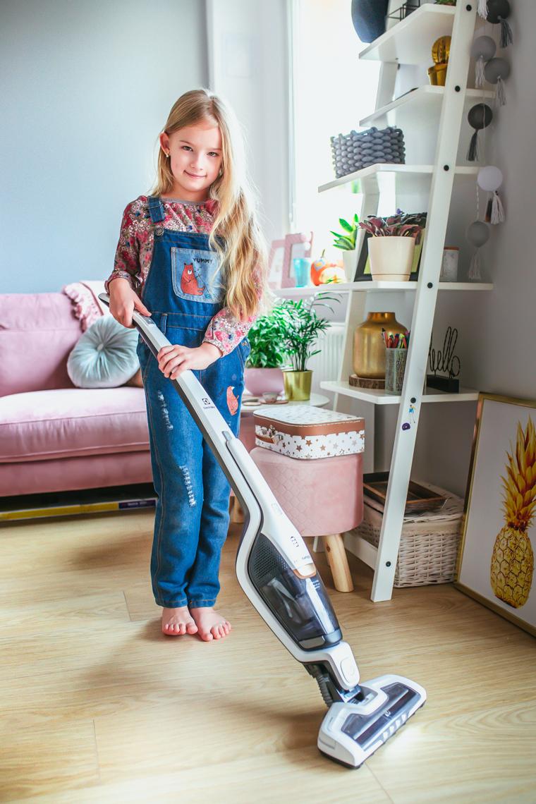 odkurzacz bezprzewodowy electrolux, sprzątanie, jak nauczyć dzieci sprzątać
