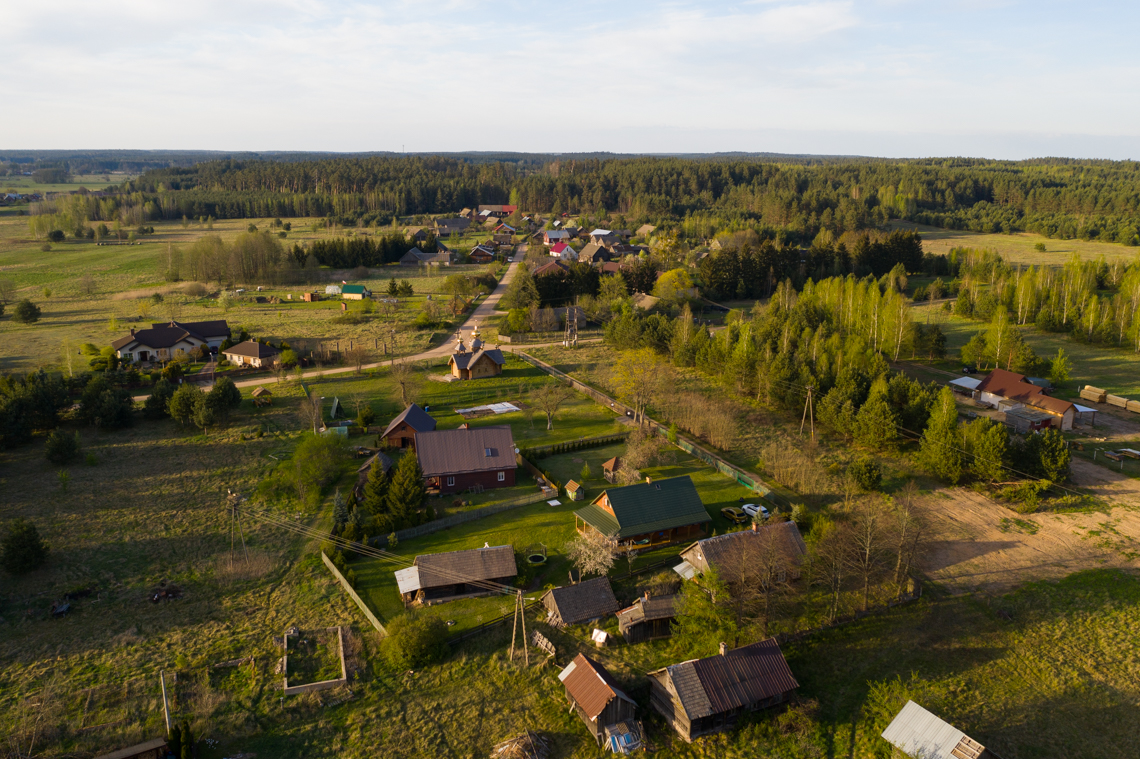 leśny zakątek z drona podlaskie supraśl